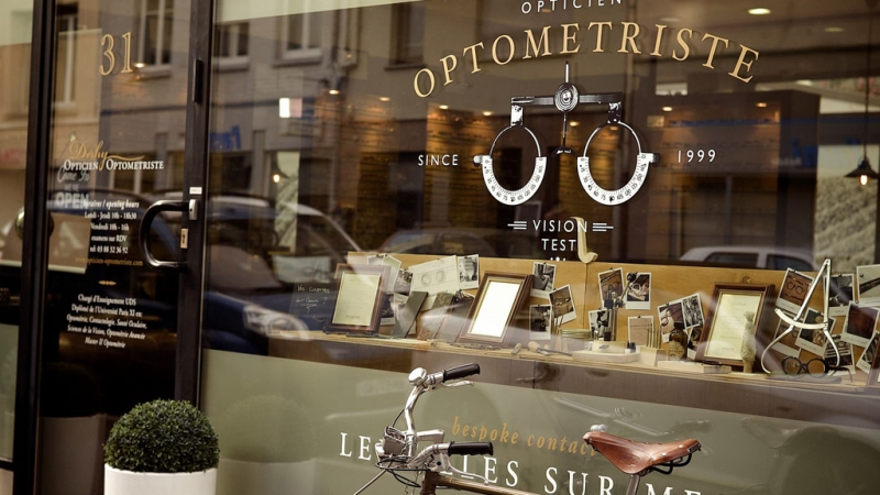 Reinventing an Optometrist shop thru design